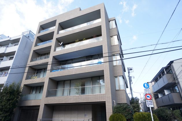 proceedsangandyaya-401-facade-02-sohotoyo