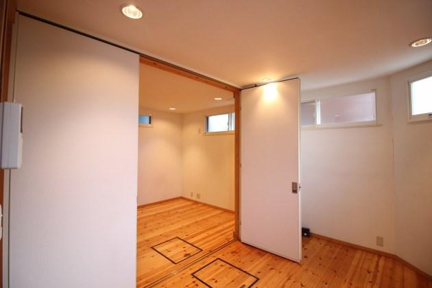 shirokanedai_kodate-2F-livingroom-01-sohotokyo