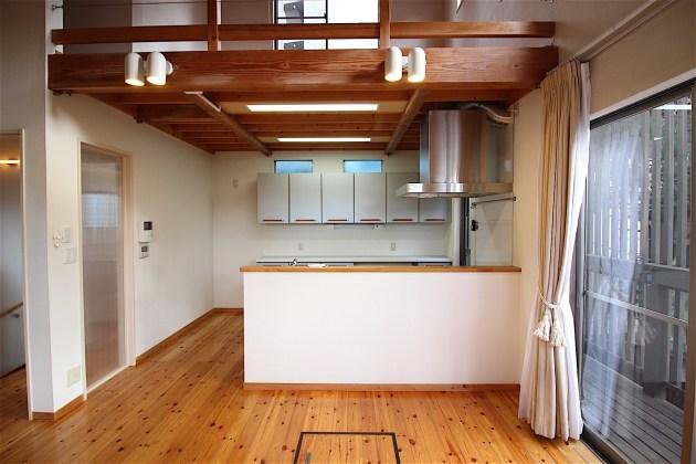 shirokanedai_kodate-2F-livingroom-02-sohotokyo