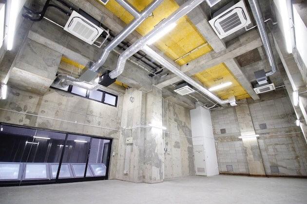 【募集終了】四谷、天高5.5Mの大規模オフィス