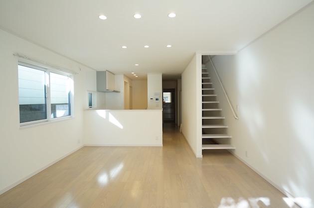 【募集終了】渋谷区南平台町、ペット可・駐車場付き築浅戸建SOHO