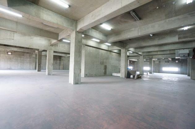 東品川、駅徒歩1分の天高最大5.1M大空間倉庫。
