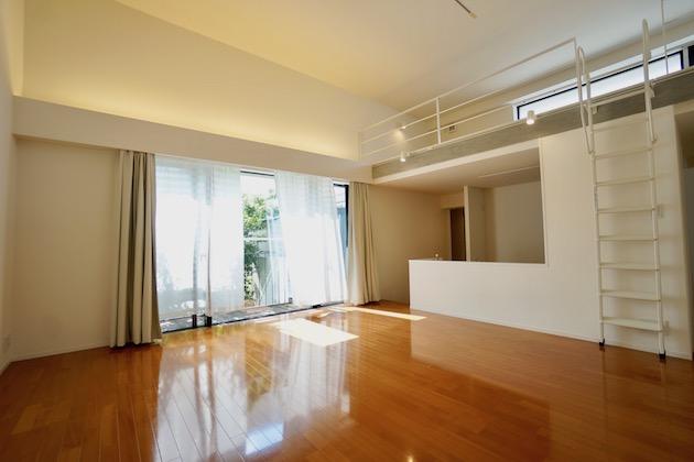 【募集終了】世田谷区松原、住宅街に佇むデザイナーズSOHO。