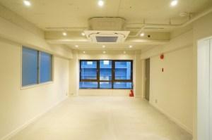 赤坂見附、若き画廊オーナーの意欲的リノベオフィス<p>[港区/29万/43㎡]