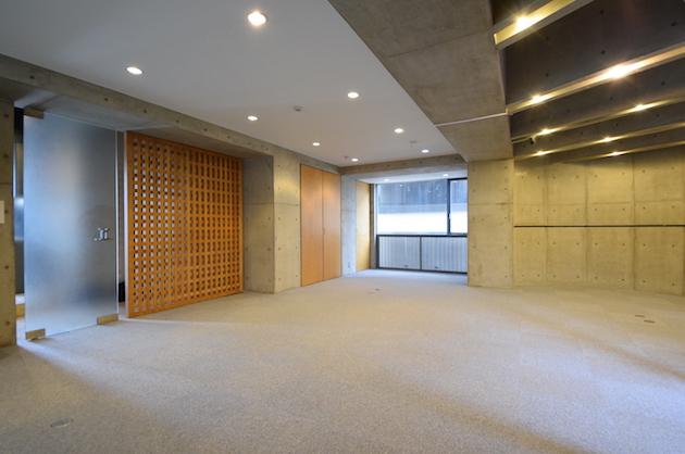 【募集終了】赤坂駅4分。ユニークな間取りの重厚なデザインオフィス。