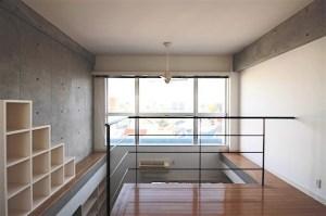 用賀2分、大きな窓から眺望を楽しむデザイナーズメゾネット。