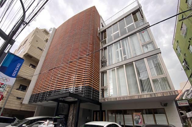 神宮前。大きなルーバーが目を引くデザインオフィス<p>[渋谷区/¥ASK/119㎡]