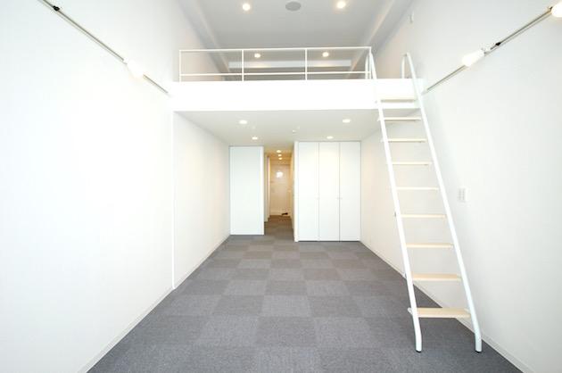 東新宿5分。眺望を楽しむロフト付きSOHO。<p>[新宿区/18万/38㎡]