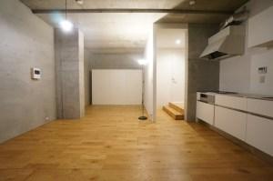 恵比寿3丁目。地下へ続くスタジオタイプのSOHO<p>[渋谷区/20万/44㎡]