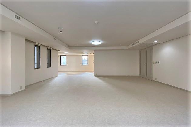 【募集終了】松濤。ゆとりと開放感溢れるハイグレードな邸宅。