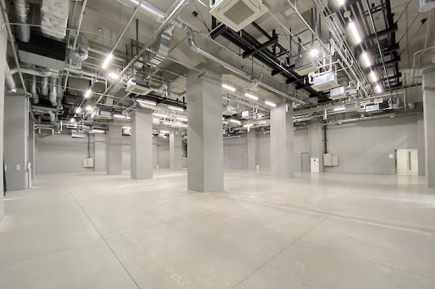中央区晴海。元倉庫を活用した天高最大7mの大空間<p>[中央区/¥ASK/1160㎡]