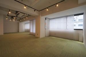 新宿御苑前、天井の抜かれたシンプルオフィス<p>[新宿区/24万/50㎡]