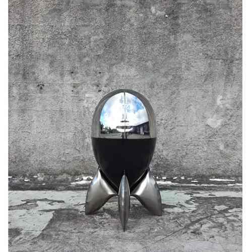 Tully-90cm-STAINLESS-STEEL-INDUSTRIAL-COATING-[stainless-steel,-free-standing,outdoor]david-mcCracken-rocket-sculpture-australian-artist-pop-art