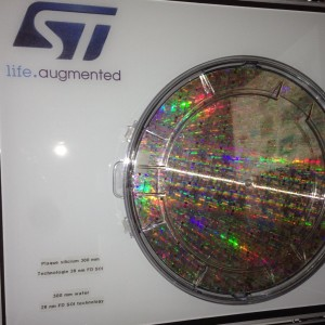processed 300mm 28nm FD-SOI wafer