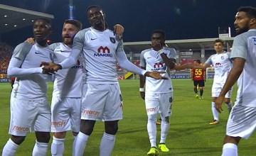 Emmanuel-Adébayor-soka25east.com
