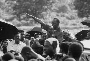 Kofi Abrefa Busia speaking at a rally in 1959 (Getty Images)