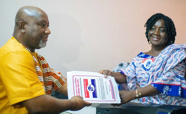 GIFTY MENSAH STIRS BOTIANOR NGLESHIE AMANFRO AS SHE FILES NOMINATION TO UNSEAT ALHAJI SAAD