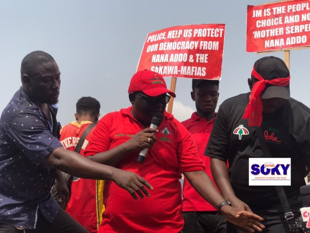 Chairman of the constituency, Stephen Ofosu Agyare addressing the crowd