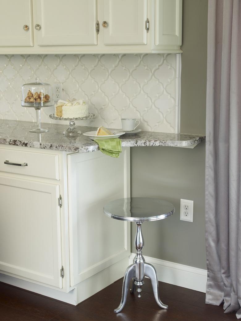 Selecting tile for kitchen backsplash. 8 top tile types for your ...