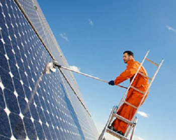Can You Clean Your Own Solar Panels In The UK?