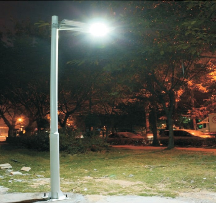Gallery 05 - All in one solar street light