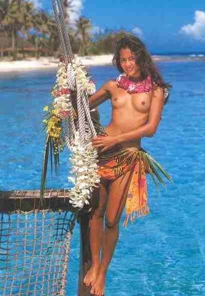 https://i2.wp.com/www.solarnavigator.net/geography/geography_images/Tahiti_postcard_Island_Girl_sea.jpg