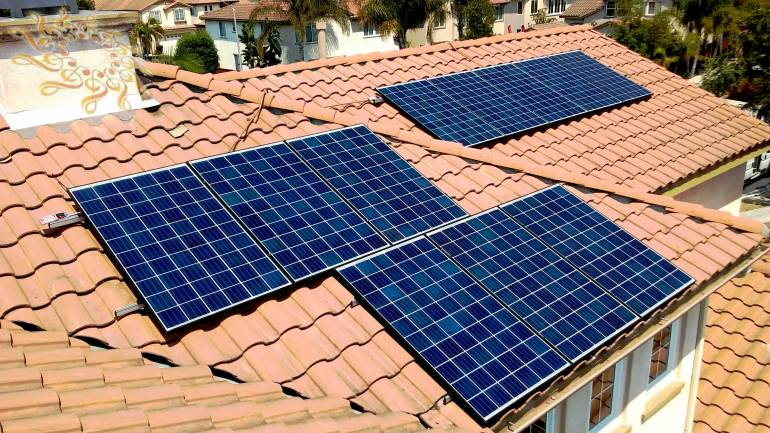 Solar Symphony recently completed another high quality home solar system at the Duan residence in San Diego, California. This is a 2.915 kW solar array with Q-Cell 265 Watts  Solar Panels.