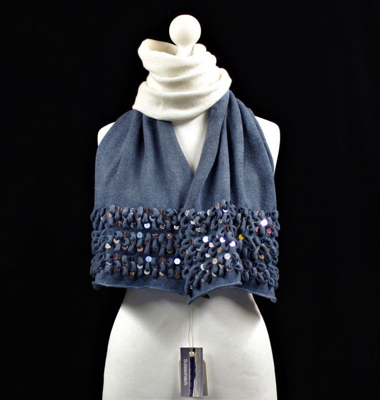 Ripples Solasonach lambswool scarf in dip dyed blue and white