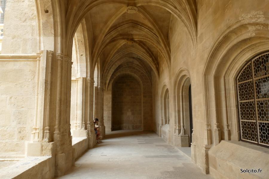Cloitre Cathedrale à Narbonne