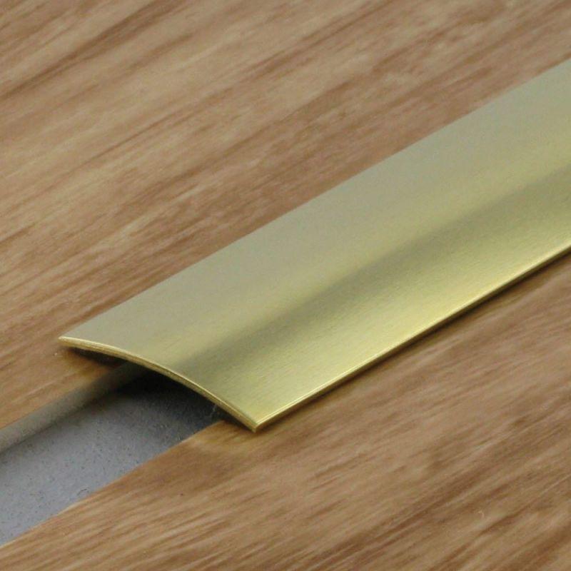tapis shade a motif geometrique