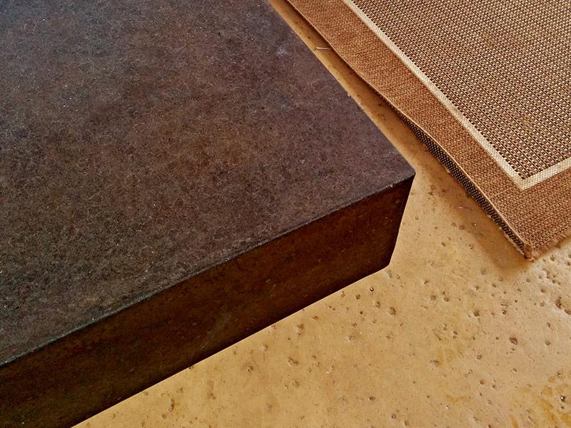 closeup view of concrete mantle edge
