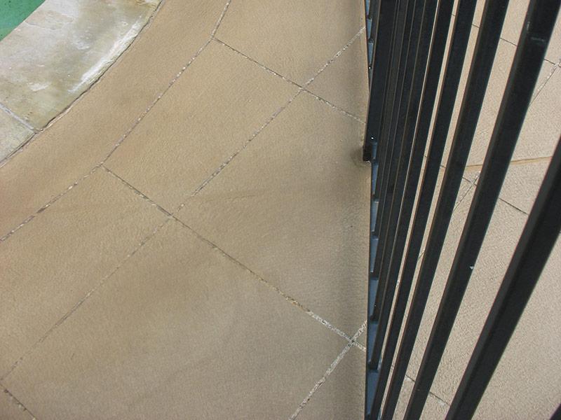 tile pattern scored into skim coat overlay