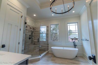 Solia Media - Master Bath -2272 Abby Ln NE, Atlanta, GA 30345