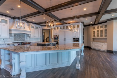 Preissless Design Interior Design - Lake Oconee property - - kitchen - photography by Solia Media