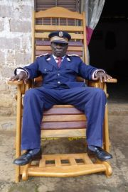 Oumarou Oumarou Emmanuel chef du village de Gado au Cameroun © Pauline Grand d'Esnon / NEON / Prisma