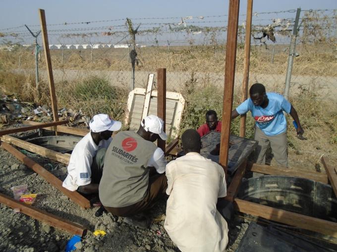 Soudan du Sud Old Poc emergency latrines 4