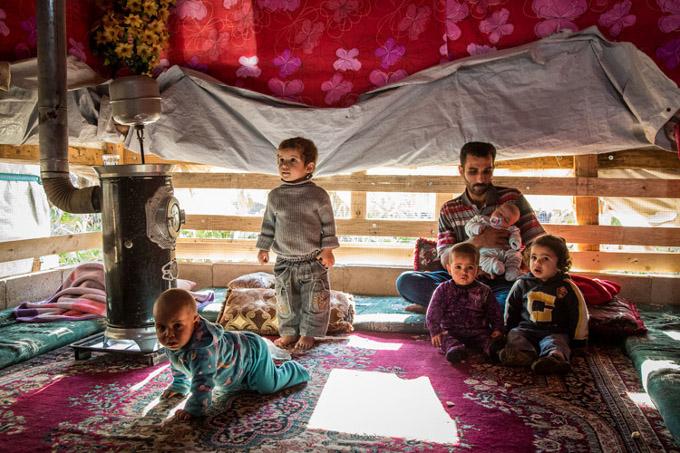 famille tente camp liban