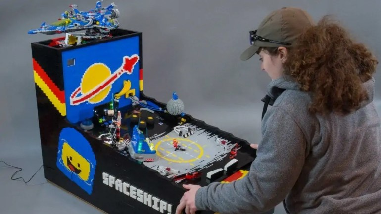 Benny's Spaceship Adventure Is A Working Pinball Machine Made Entirely Out of LEGOs