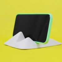 Montelouro is a Spunky Glacier-Inspired Stand For Any Mobile Device