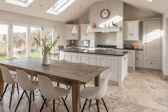 A Guide To Open Plan And Broken Plan Kitchen Layout Ideas Solid Wood Kitchen Cabinets Information Guides