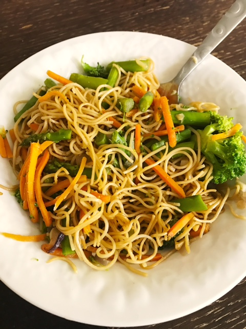 """Grown and Sexy """"Ramen"""" Noodles with Veggies"""