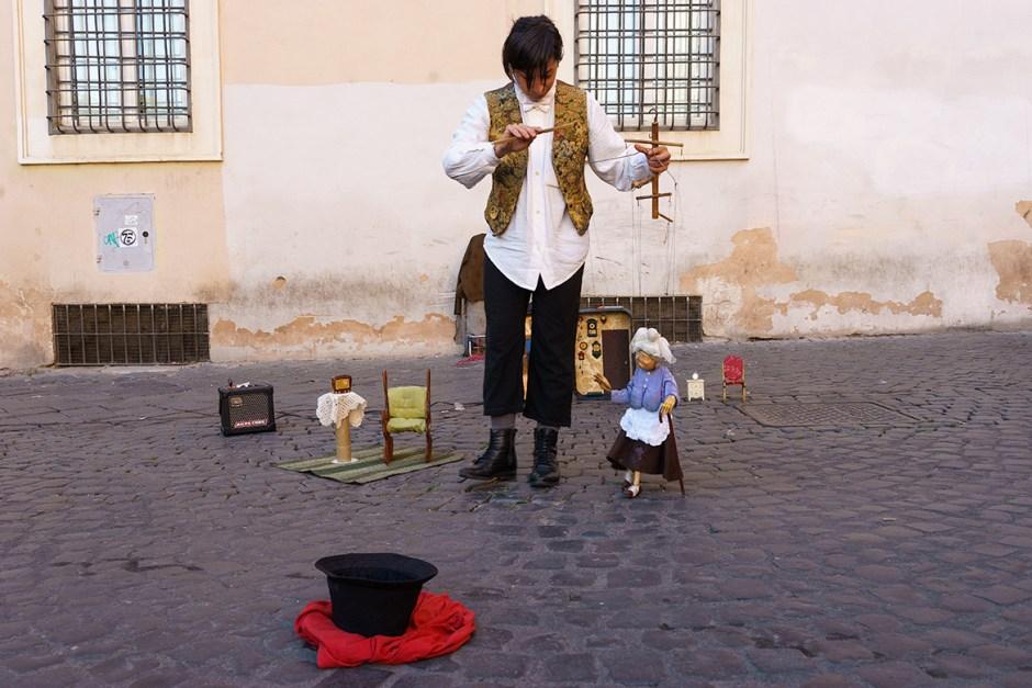 Noemi Giannico & marionette