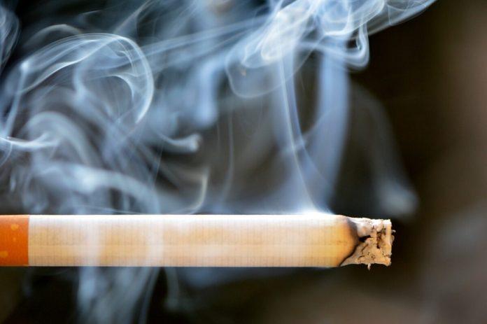cigarette-666937-1280 Alexas Fotos Pixabay