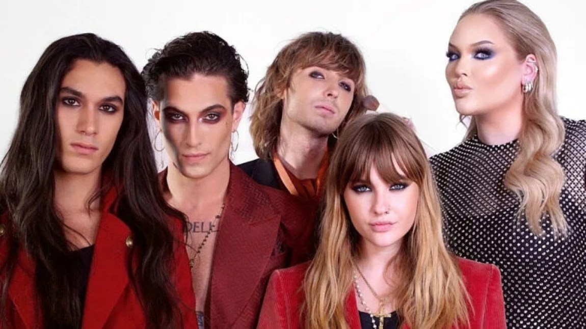 14:00 The Maneskin guests at Nikkie tutorials, Damiano talks about Harry Style