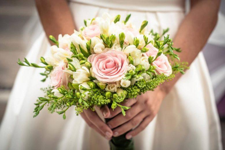 wedding-photo-bouquet