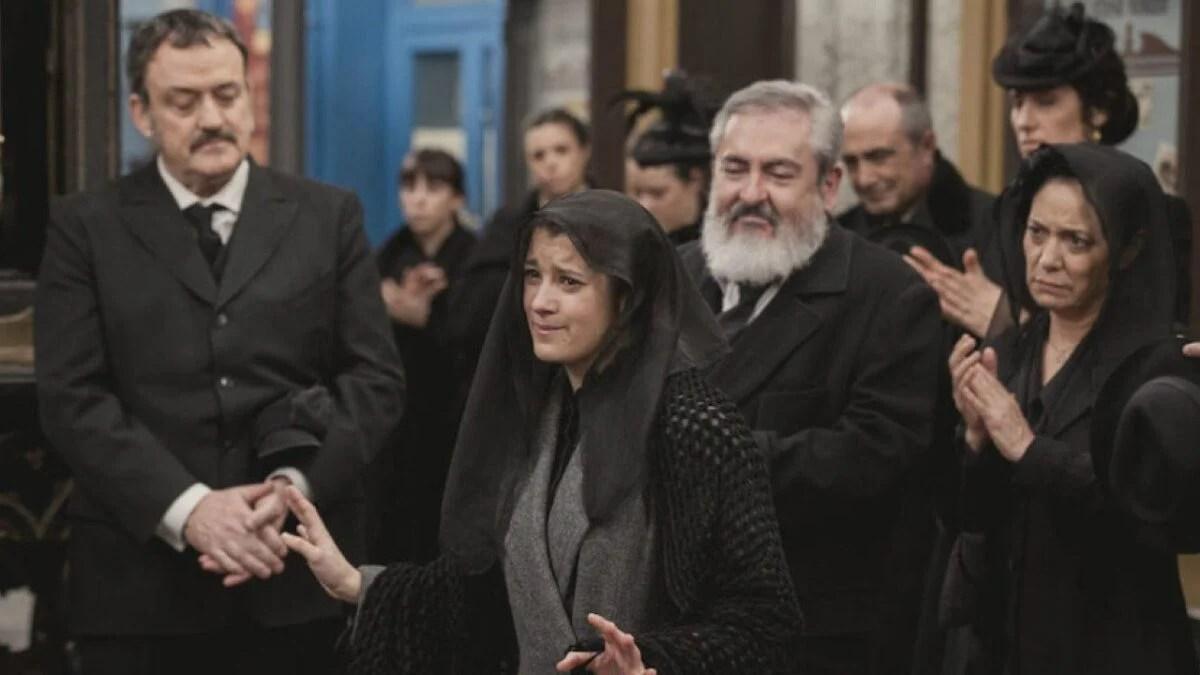 Casilda funeral March 126630-ppl