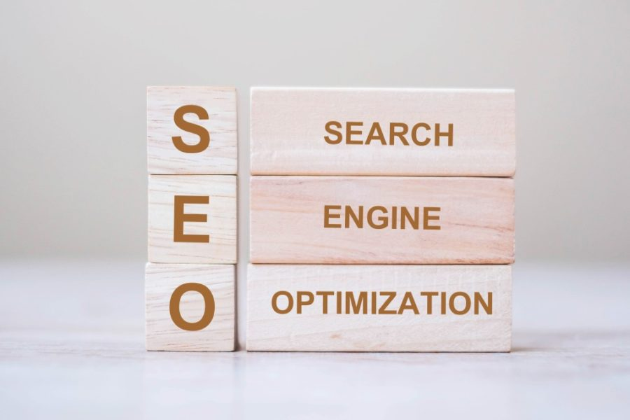 seo-search-engine-optimization-text-wooden-cube-blocks-on-table-background-idea-vision-strategy_t20_nLpPyK