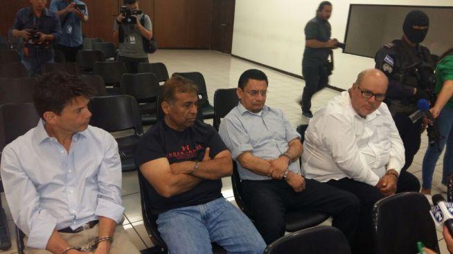 """""""Gordo Max"""" y tres imputados más permanecerán en prisión provisional"""