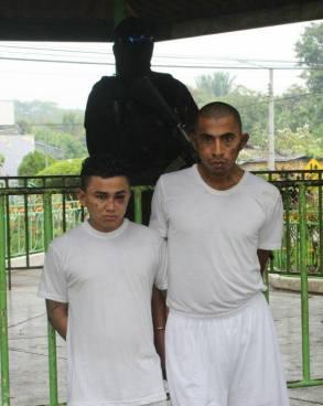 Capturan a pandilleros que amenazaban a habitantes en Caluco