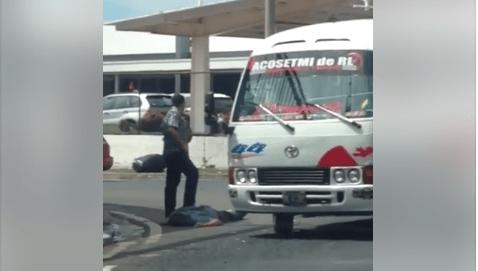 Investigadores de la PNC capturan en flagrancia a un hombre que asaltaba en la ruta 44